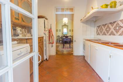 Traditional country house for sale in Llucmessanes