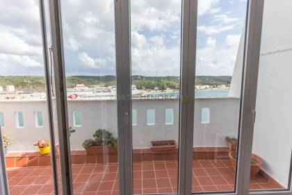 Flat with stunning views in the centre of Mahón
