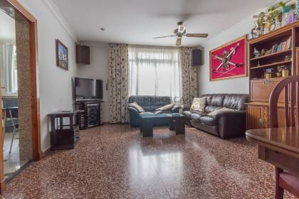 4 bedroom flat for sale in Alaior