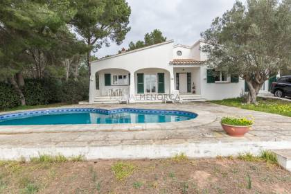 Magnificent villa in Es Canutells for sale