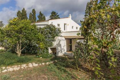 Beautiful country house in Biniparrell, St Lluís
