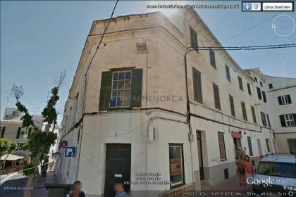 18th Century building for sale in the centre of Maó