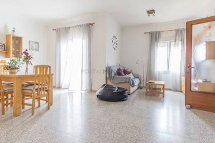 4 bedroom flat with terrace, Mahón