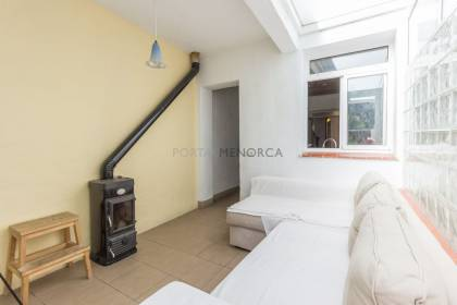 Townhouse with patio in the center of Alaior