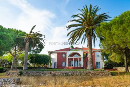 Country house with sea views in the Sant Luís area, Menorca.