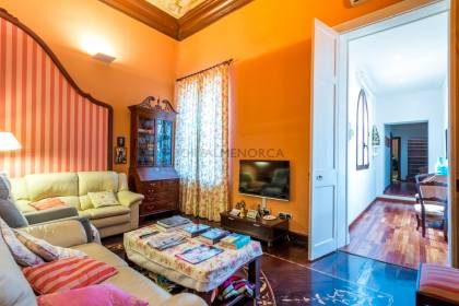 Flat in renovated palace with lift, Mahón, Menorca