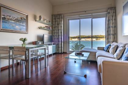 Attic with 3 bedrooms, Mahón harbour, Menorca.
