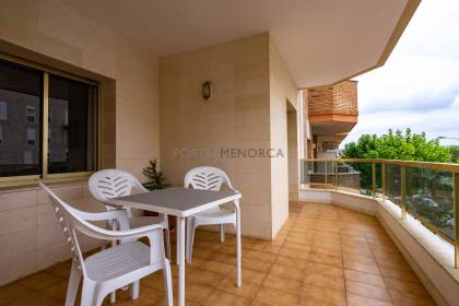 Apartment with a terrace and communal lift in Mahón. Menorca