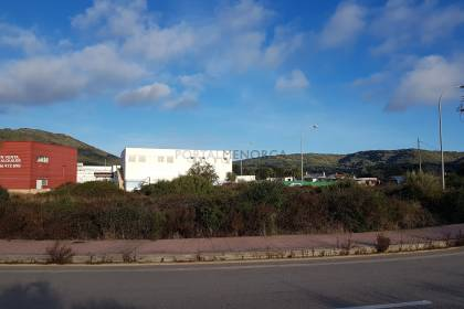 Industrial and commercial plot in Ferreries, Menorca