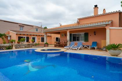 VILLA WITH SWIMMING POOL. MENORCA
