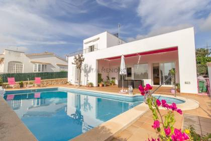 Villa for sale with sea and Isla del aire views