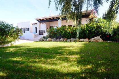 Villa with swimming pool for sale in Binibeca Vell, Menorca