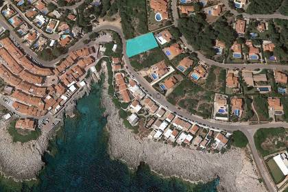 Plot of land by the sea and with sea view for sale in S'Atalaia