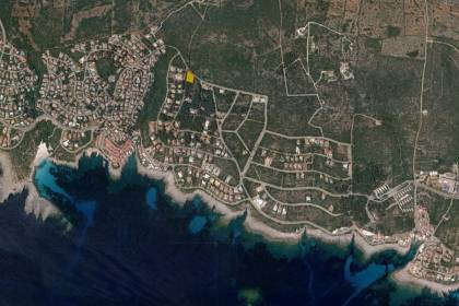 Plot of land for sale in the upper area of S'Atalaia