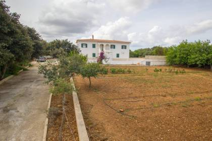 Recently built country house for sale in Alaior
