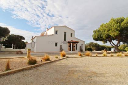 Stunning 3 bedroom rural house with a 2 bedroom annex. Alcaufar, San Luis.