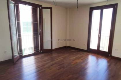 Flat in the town centre of Ciutadella with a 28 m2 garage