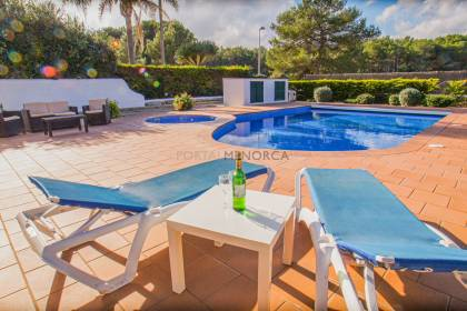 Villa with swimming pool in Son Parc. Includes tourist licence!